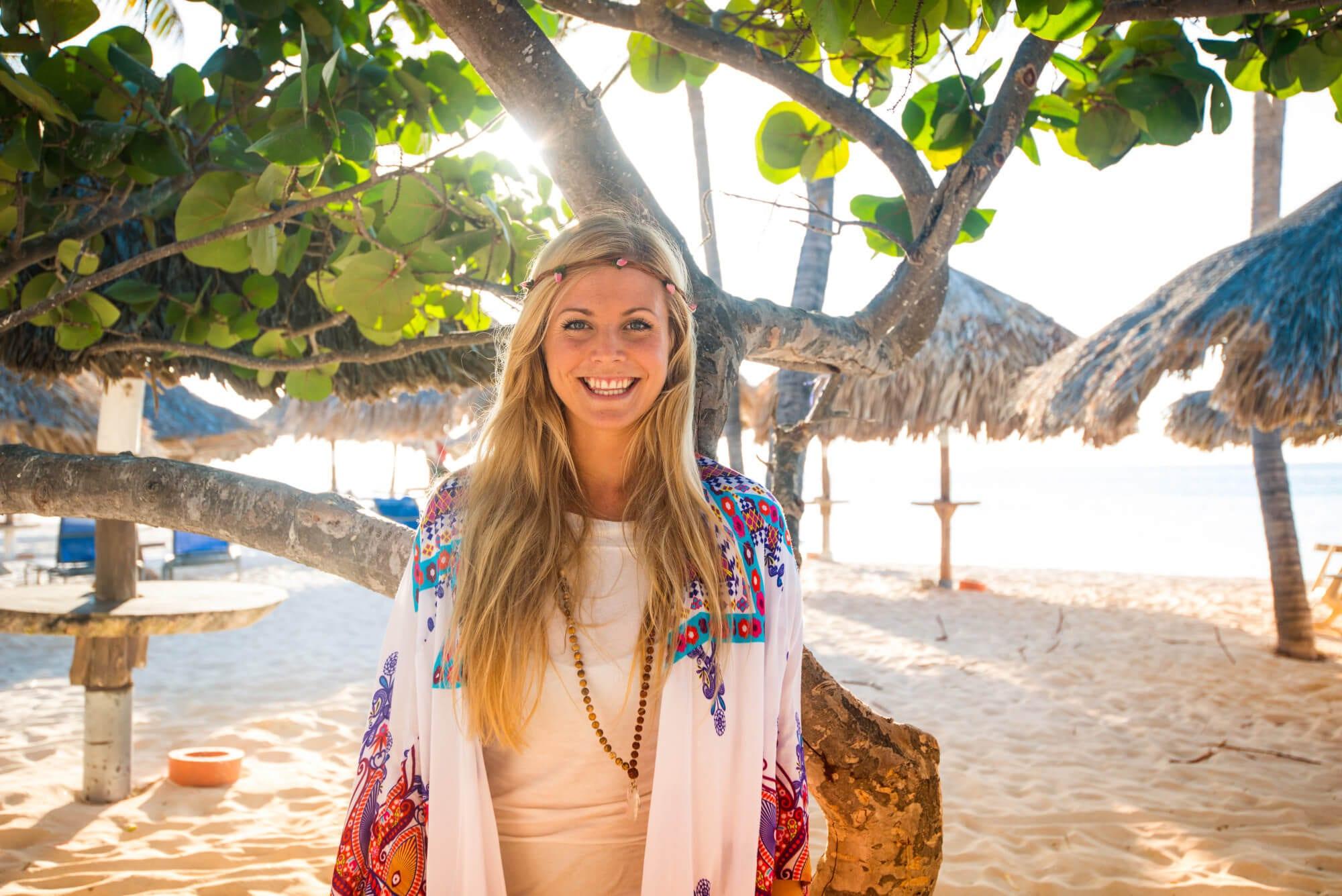 Image result for Beautiful girl in Aruba